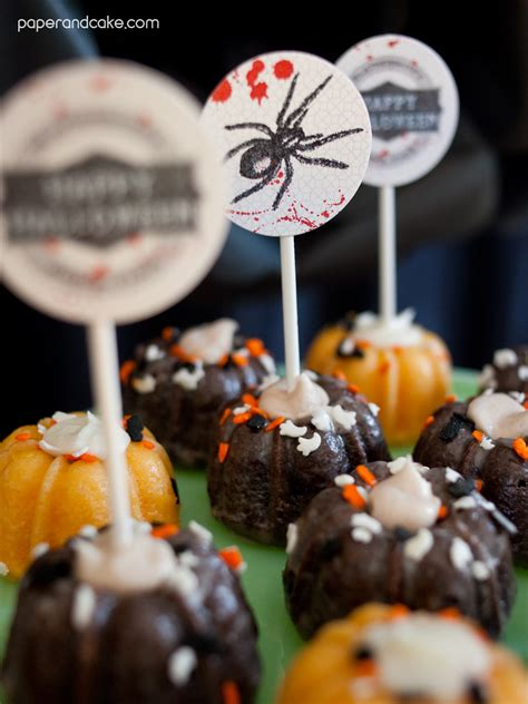 Bloody Halloween printable party - Paper and Cake Paper